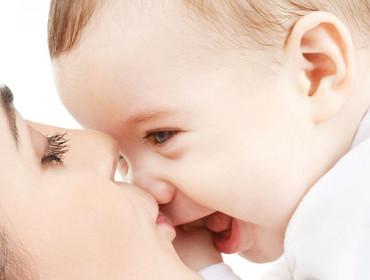 Gesunder Schlaf für Ihr Baby - z.B. Baby Flachkissen, Baby Bettdecke